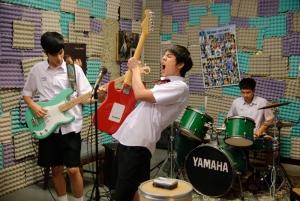 充滿歡笑與淚水的音樂愛情青春喜劇《音為愛》,將於7月22日撼動全台。(圖由蜜蜂工房提供)